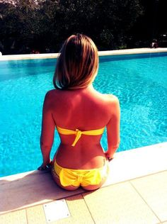 Sunshine bright yellow lollipop!!  #madameshoushou #pool #bikini #swimwear #lollipop