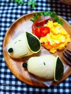 Snoopy bread breakfast