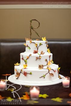 Love the rustic cake topper from a recent wedding...kr