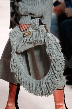 2020 Fashion Trends, Fashion 2020, Runway Fashion, Milan Fashion, Knit Fashion, Love Fashion, Fashion Bags, Mein Style, Fendi Bags