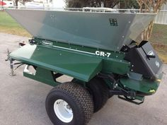 2011-Turfco-CR-7-Tow-Behind-Twin-Spinner-Top-Desser