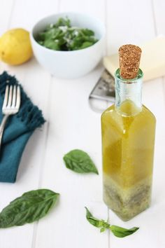 This is a refreshing, crisp and clean tasting vinaigrette sure to tantalize your taste buds! 2 Cups 3 or Cup Fresh Squeezed Meyer Lemon Juice Cup Fresh Basil 1 Vegan Sauces, Raw Vegan Recipes, Healthy Recipes, Clean Eating Recipes, Healthy Eating, Cooking Recipes, Basil Vinaigrette Recipe, Meyer Lemon Recipes, Soup And Salad