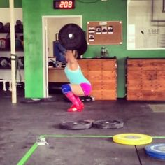 Nice little snatch PR today. 145 # Next up 150 # Side note finally learning to pull under the bar. #olylifting - http://girlsworkhard.com/nice-little-snatch-pr-today-145-next-up-150-side-note-finally-learning-to-pull-under-the-bar-olylifting/