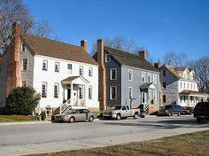 Washington, NC historic homes on the waterfront. Civil War era.