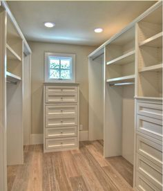 Oh how I would love a walk-in closet someday. Walk-in Closet Design, Pictures, Remodel, Decor and Ideas @ Home Design - love this look Walk In Closet Design, Bedroom Closet Design, Master Bedroom Closet, Closet Designs, Home Bedroom, Bedrooms, Bedroom Closets, Walk In Closet Size, Extra Bedroom