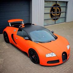 2011 Bugatti Veyron, #Bugatti #SportsCar #BugattiChiron #SSCAero Hennessey Venom GT, Orange, Supercar - Follow #extremegentleman for more pics like this!