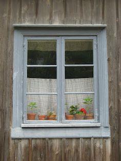 Window in Turku Finland (photo Janita S)