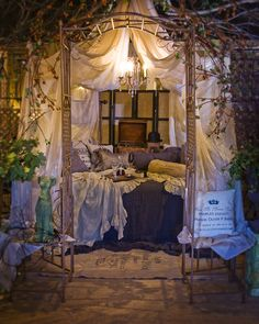 Fanciful Linen Bed Scarfs ~ Reading Nook. Change out the color scheme and you have perfection!