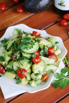 The Kitchen is My Playground: Cucumber, Tomato & Avocado Salad {#PompeianVarietals Olive Oil} Healthy Salad Recipes, Raw Food Recipes, Vegetarian Recipes, Cooking Recipes, Cilantro Recipes, Healthy Cooking, Healthy Eating, Healthy Food, Summertime Salads