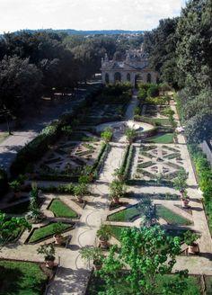 Villa Borghese – Roma, Italy www.jenniferpone.com