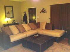 Light/dark brown contrast living room