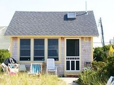 For a Cape Cod/Provincetown  an ideal getaway.  Waterfront Cottage With Private Beach!