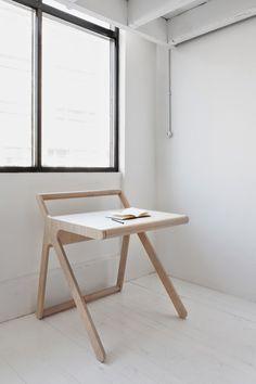 Современный детский стол от Рафа-детей