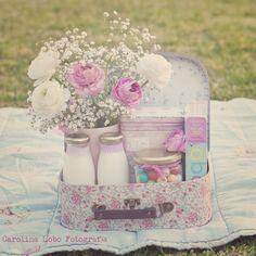 Maletita de flores ... Vintage Floral Suitcase