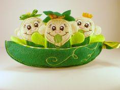 Pea Pod Babies Finger Puppets