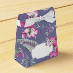 Butterfly and Flowers Design Favor / Gift Boxes Favor Box