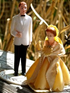 Bride and Groom vintage wedding cake toppers