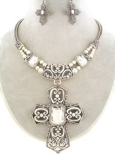 WHOLESALE JEWELRY LOT 3 SETS Chunky Deco Art Cross Crystal Silver Tone Necklace