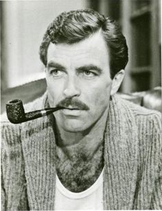 "Here's Tom Selleck smoking his pipe in the film ""Lassiter"" Cthulhu, Tobacco Pipe Smoking, Tobacco Pipes, Smoking Pipes, Smoking Celebrities, Pipes And Cigars, My Guy, American Actors, Look Cool"