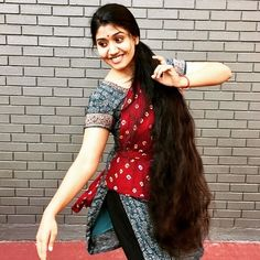 Loose Hairstyles, Indian Hairstyles, Girl Hairstyles, Long Silky Hair, Long Black Hair, Indian Long Hair Braid, Braids For Long Hair, Desi Girl Image, Really Long Hair