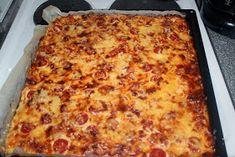 Sonjan Kakkuset: Meetvursti-kinkkupiirakka Lasagna, Food And Drink, Pizza, Cheese, Ethnic Recipes, Lasagne