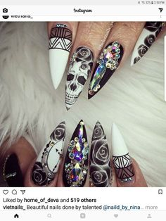 skull stiletto nails