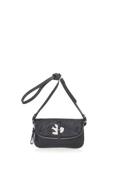 One of our best sellers, the Petal to the Metal Percy is a classic yet sophisticated bag that completes any casual day or night time look. The Percy features our petal to the metal design, front flap closure and a detachable cross-body strap for an alternate carrying option. 100% Cow Leather.10.5