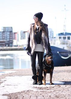 www.olivialehti.fi/strictlystyle leather jacket fur vest leather pants rottweiler outfit strictly style olivialehti