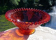 Stunning Red/Amberina Crimped Edge Grape and Cable Bowl