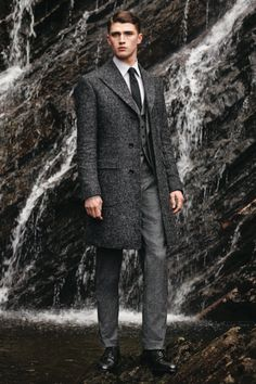Gieves & Hawkes - F/W 2014/2015 Source: therakeonline.com