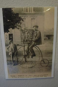 THOUARS (79) Photo époque créateur du bicycle à Thouars