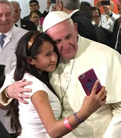 (31) News about #PapaenMEX on Twitter