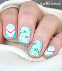 Summer nail art - Palm trees and flamingos - inspiration Vans