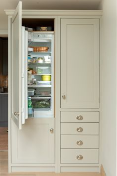 The Hambledon Kitchen is an example of a handcrafted Shere Kitchen to show the craftmanship of our work and give you ideas for your bespoke kitchen Kitchen Larder, Larder Cupboard, Barn Kitchen, Kitchen Dining Living, Kitchen Room Design, Kitchen Storage, Drying Cupboard, Olive Green Kitchen, Furniture