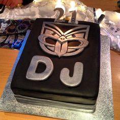 A Warriors inspired cake for DJ #BirthdayCake #21st