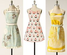 I really want a pretty apron! Preferably one with pockets and ruffles!