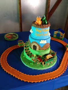 Dinosaur train cake Dinosaur Train Cakes, Dinosaur Party, 4th Birthday, Birthday Cake, Birthday Parties, Occasion Cakes, Cake Ideas, Party Ideas, Desserts