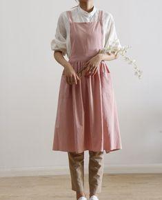 Pinafore Dress Pattern, Pinafore Apron, Linen Apron Dress, Dress Sewing, Barista, Pink Apron, Fabric Combinations, Textiles, Apron