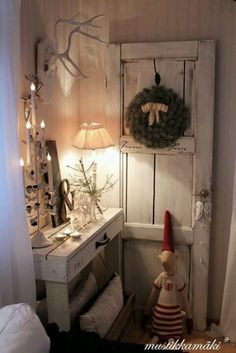 White decor..love this, don't you?