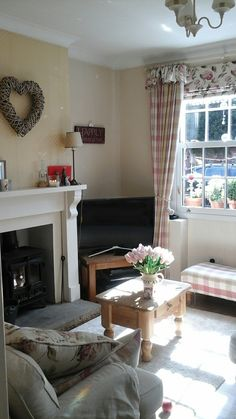 Country Cottage Living Room HOME SWEET HOME Pinterest Cottage