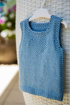 Ravelry: Auriga's Fancy Denim Baby Knitting, Crochet Baby, Knit Crochet, Knit Vest Pattern, Big Knit Blanket, Big Knits, Baby Vest, Free Baby Stuff, Baby Sweaters