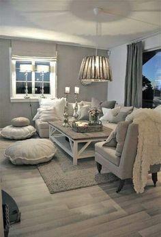 Unschwer zu erkennen sind die diesjährigen #Weihnachtsfarben #Weiß und #Grau. Auch wir haben uns in den Look verliebt. Nachmachen ist angesagt! ❆❅ ~ www.edlewelt.de ~ ❤
