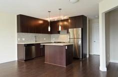 #310 - 15765 Croydon Drive, Surrey, BC South Surrey, Morgan Crossing 1 Bedroom + Den $256,600 MLS# F1203865 Welcome to your new home at Morgan