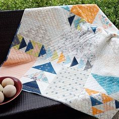 Happy Worldwide Quilting Day! This is Sharon Holland @sharonhollanddesigns continuing my weekend takeover of the APQ Instagram feed.  I'm looking forward to another day of getting to know you and sharing with you my love of quilting. What better way to start off a day that honors quilting then with a quilt call Destination. This is the free quilt pattern for my @artgalleryfabrics line called Tapestry. The collection is a mixed-cultural weaving of designs and motifs brought together in a…