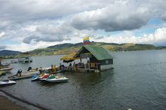 Discover the world through photos. Community, Cabin, House Styles, World, Home, Hotels, Colombia, Cabins, Ad Home