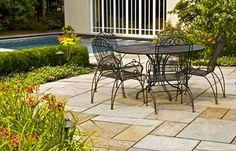 Different sized and coloured pavers can create an unforgettable outdoor setting.