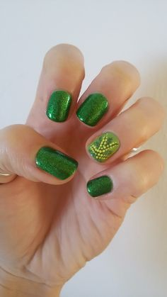 CHIKI88...  my passion for nails!: The nails of the week: Mimosa..e buona festa della...