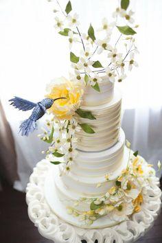 Hummingbird - by CourtHouse Cake Company @ CakesDecor.com - cake decorating website
