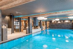 Indoorpool im Hotel Bergfried. Hallenbad. Wasserspaß. Wellnesshotel. Zillertal Outdoor Decor, Home Decor, Homemade Home Decor, Decoration Home, Interior Decorating