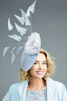 What to wear to the Races, racing fashion, interviews, tips, trends, competitions, what's on a racecourse near you, features, blogs